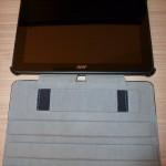 Vilros UltraSlim A700 aufgeklappt mit Tablet